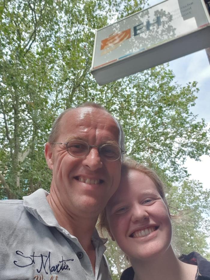 Minke met haar vader bij de EH! Daan Meijer © BDU media
