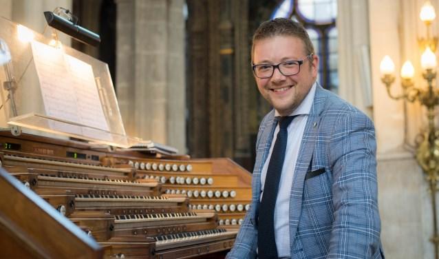 Organist Minne Veldman geeft 20 augustus een orgelconcert in de Grote Kerk.