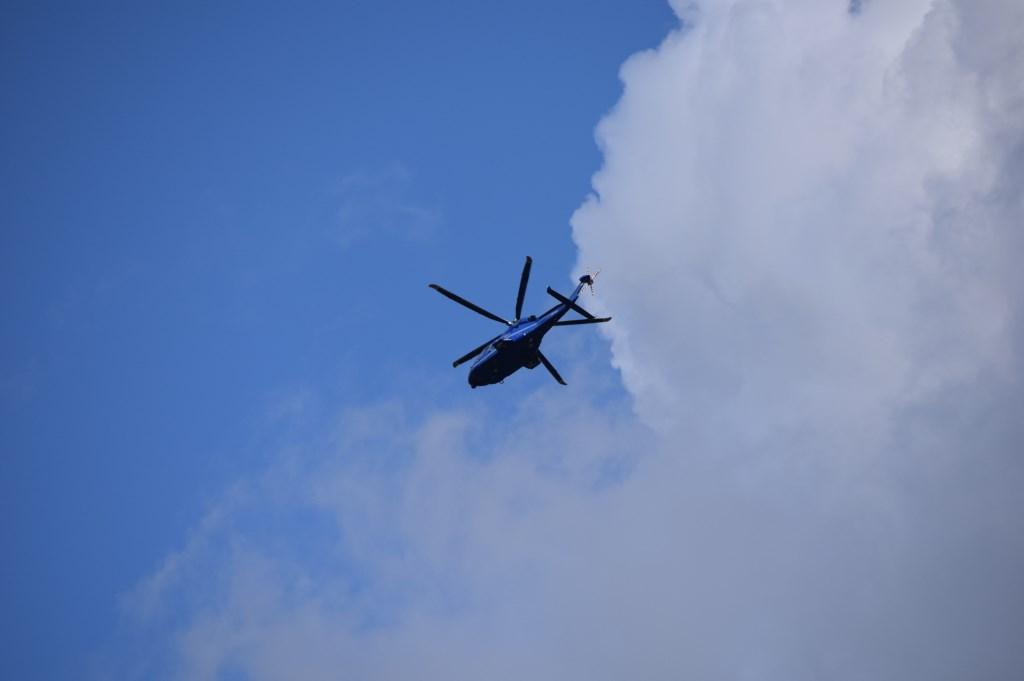 De politiehelikopter hing lange tijd boven Baarn. Christine Schut © BDU media