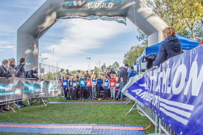 Start van de Vlasakkerloop - kidsrun in 2018