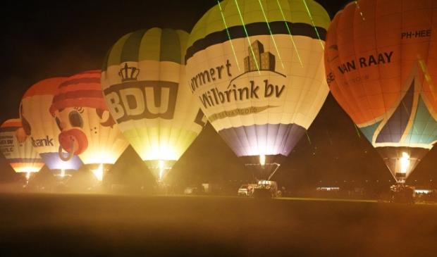 Nightglow tijdens de Ballonfiësta Barneveld.