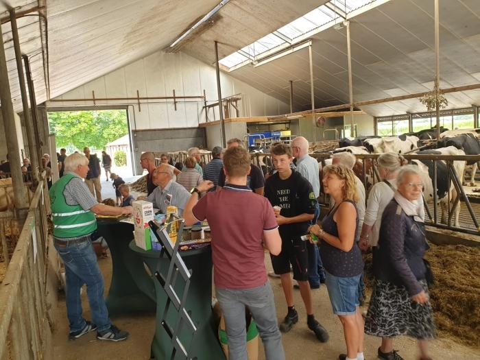 bezoekers Kijken bij de Boer © BDU media