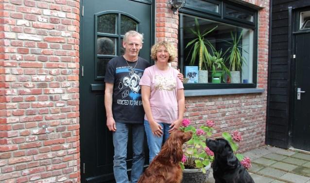 Jan, Trudy en de honden Flin en Sem gaan verhuizen naar de Rivierdijk in Hardinxveld-Giessendam.