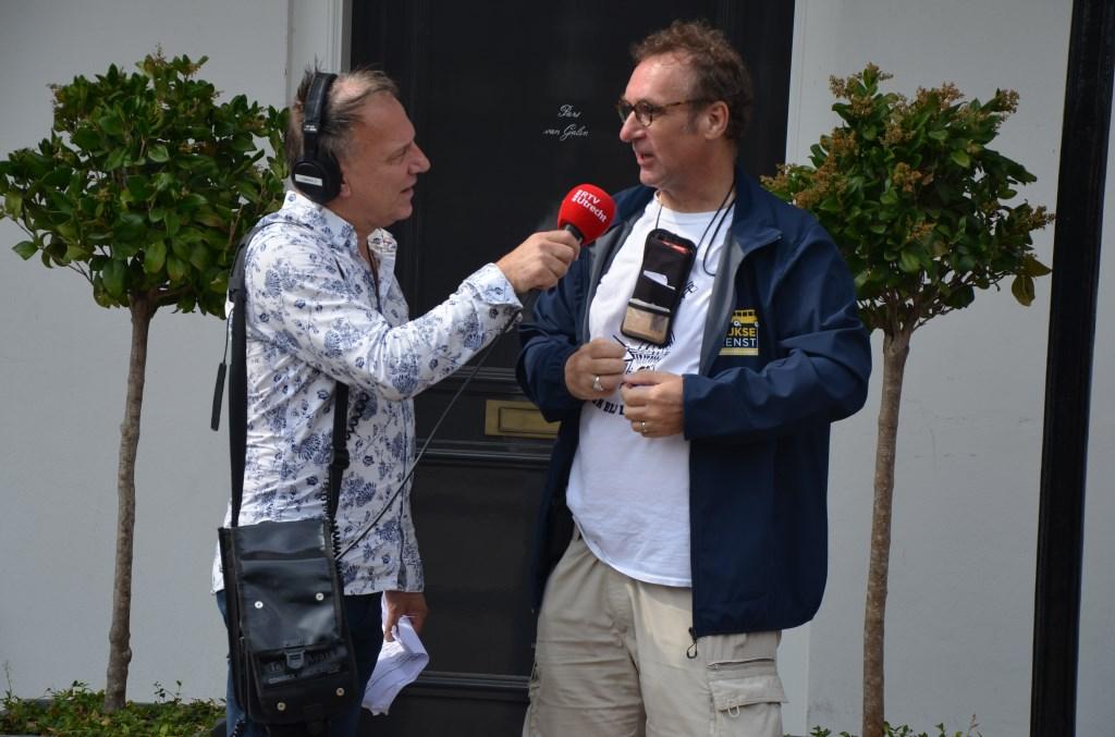 Organisator Peter Balvers vertelt over de Wijkse stadsdichter Ali van Vemde © BDU media