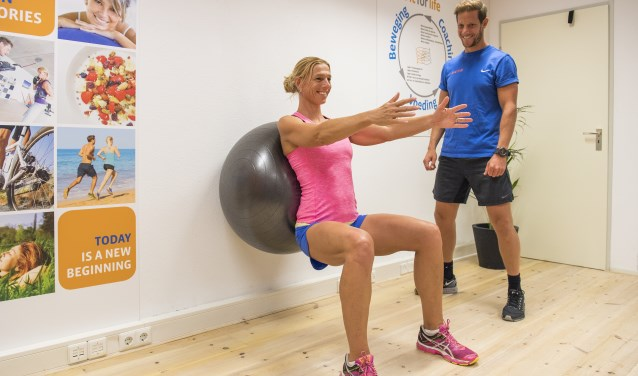 In de studio wordt iedereen getraind en begeleid door een erkende personal trainer, lifestylecoach en voedingsdeskundigen.