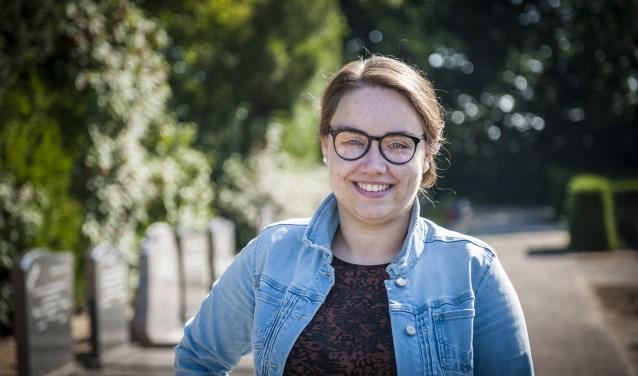 Chantal van Wijngaarden wil de ervaring en troost, die ze kreeg bij het overlijden van haar vader in 2011, doorgeven aan anderen door te spreken op uitvaarten.