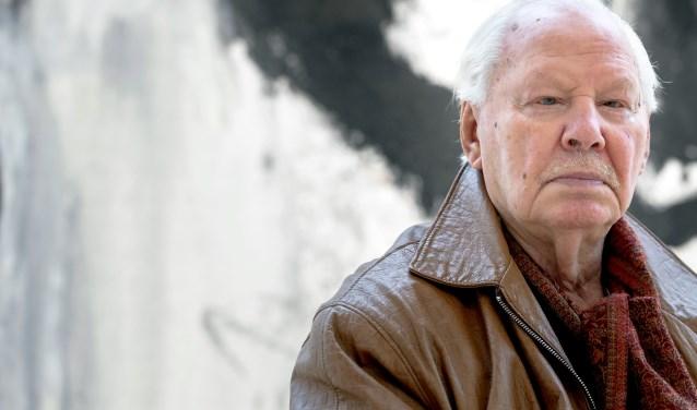 Armando (1929-2018) tijdens bezoek aan Museum Van der Togt in 2015.