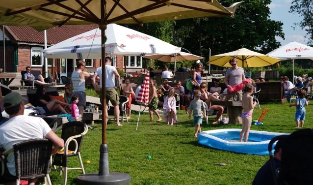 Het Proef-Lokaal op één van de mooie zomerse dagen van dit jaar.