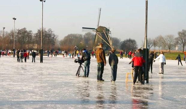 IJsbaan de Amstelbocht.
