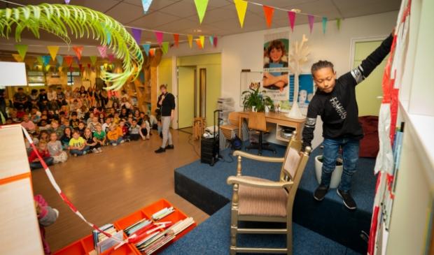 Op de openbare basisschool De Lijster in Barneveld werd in september 2019 een schoolbibliotheek geopend.