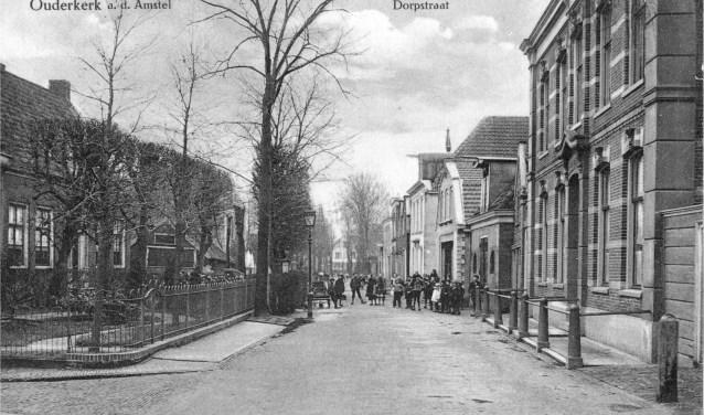 Dorpsstraat, 100 jaar geleden.