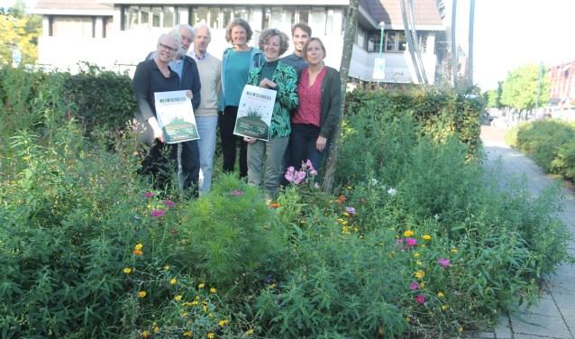 Van linkst naar rechts: Ina Muller, Gerald ten Wolde, Frans van der Schot, José van Beeck, Suzy Bollen, Kars Havenaar en Christianne Geerdes.
