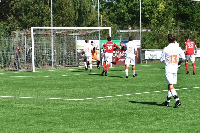 Rood Wit scoort 1-0 T. van Bloemendaal © BDU media
