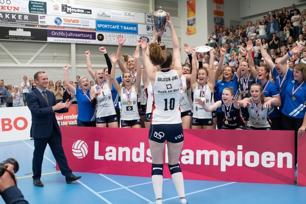 Vorig seizoen werden de dames voor de derde keer op tijd kampioen in de Eredivisie Hans van Wijngaarden © BDU Media