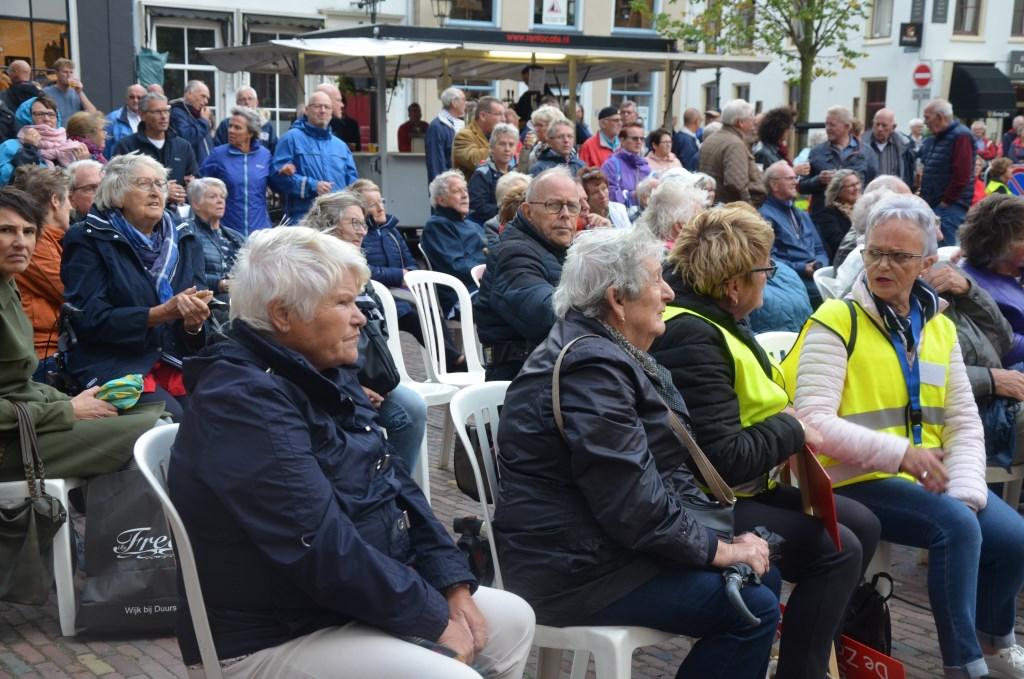 Het publiek op de Markt Ali van Vemde © BDU media