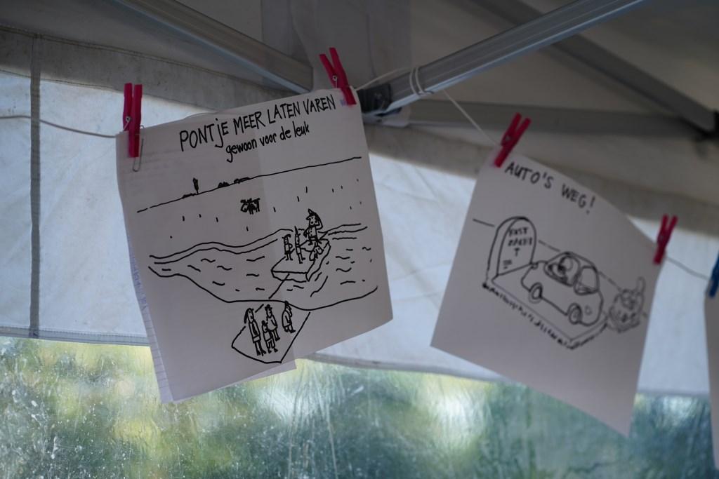 Sneltekenaars zetten ideeën om in beelden.  Naomi Heidinga © BDU media