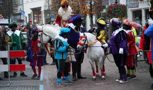 De intocht van Sinterklaas is elk jaar bijzonder populair in Baarn.