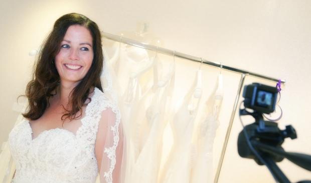 Marjonne Morjan mocht vorig jaar trouwjurken passen.