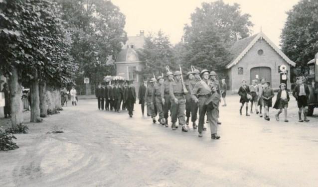 Herbegrafenis van Hans Blankenberg op 21 augustus 1945.