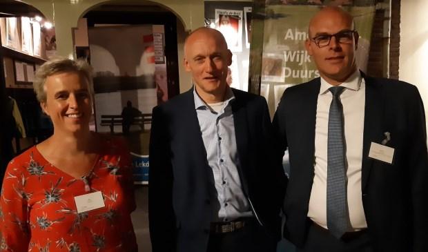 Bestuurders Els Otterman (HDSR), Hans Marchal (wethouder Wijk bij Duurstede) en Gerrit Boonzaaijer (wethouder Utrechtse Heuvelrug)