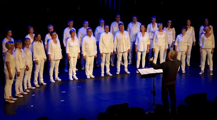 Het koor tijdens concert Kompassion