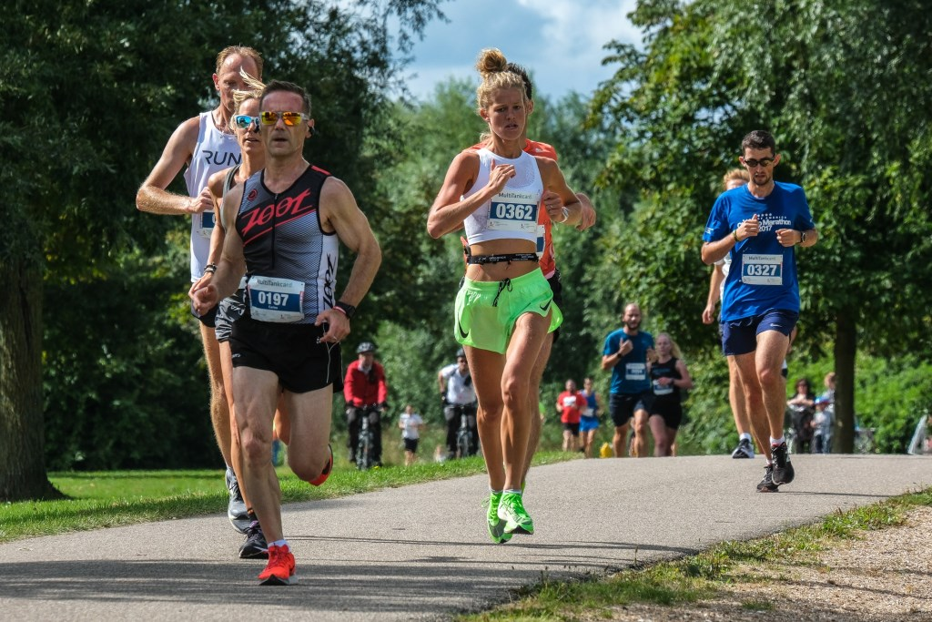 Jim Rothweiler 0357 2de plaats halve marathon Jan Aukes © BDU media