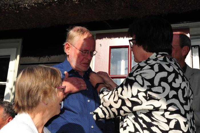 """Jan Dubbeldam ontvangt het """"Knopje"""". Ewoud Klop © BDU media"""