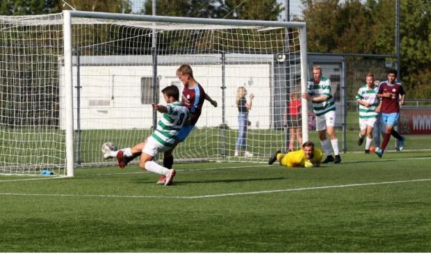 Amstelveen Heemraad won uit met 4-1 van Overbos.