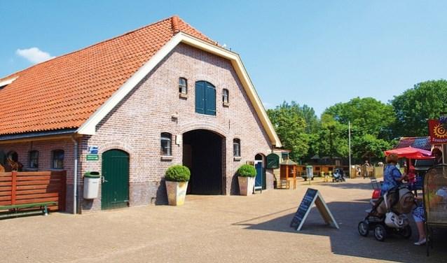 Stadsboerderij de Vosheuvel heeft een grote facelift gekregen, daarom geven zij een feest.