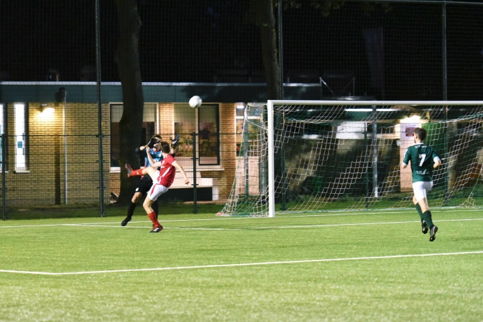 RoodWit scoort 0-1 T. van Bloemendaal  © BDU media
