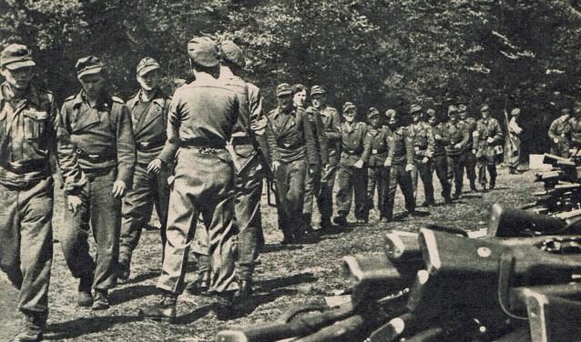 Het inleveren van wapens door de Duitsers komt aan de orde in de lezing die Johan de Kruijf op woensdag 25 september houdt.