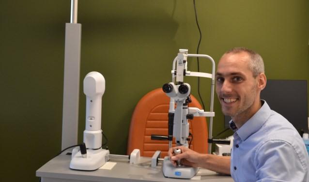 Optometrist Mark Bril wil de weg naar de oogzorg toegankelijker maken.