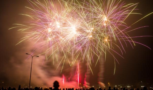 Archieffoto van de vuurwerkshow die 2019 afsloot Ted Walker © BDU Media
