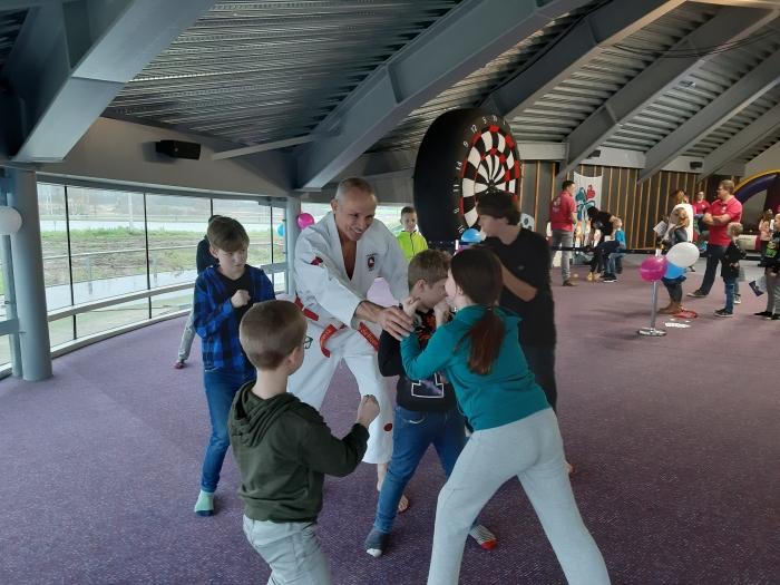 John de Boer geeft alles om de kids wat te leren
