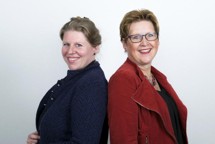 Dr. Fabiënne Naber (neurobioloog) en Colette de Bruin (grondlegger van de Geef me de 5-methodiek)