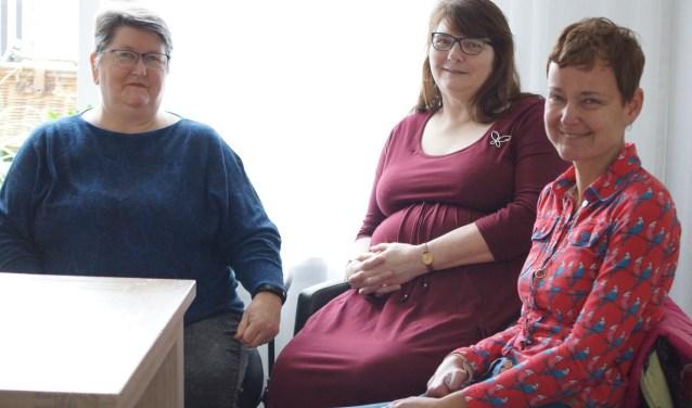 Berta van Renselaar, Tina Koelewijn en Irene van Zijverden van het Inclusiepanel.