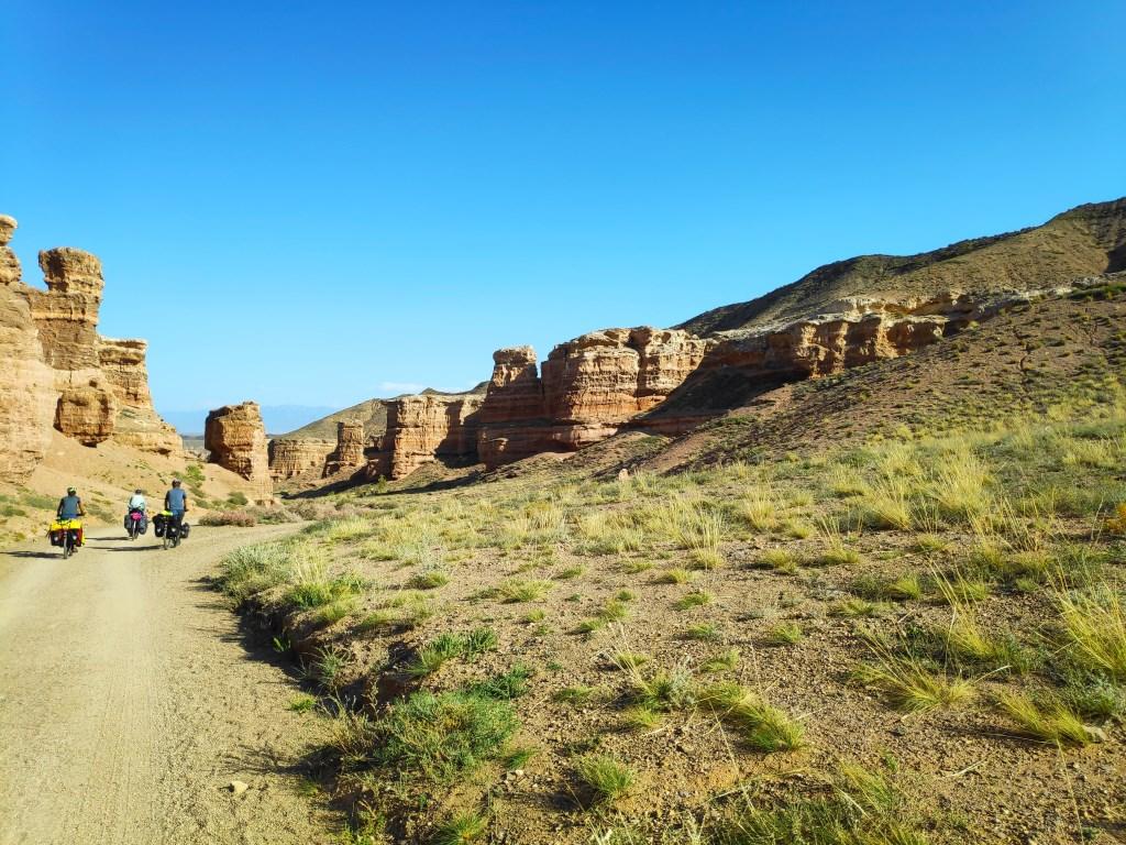 Fietsen door de Charyn Canyon in Kazachstan Mari Bergsma © BDU media