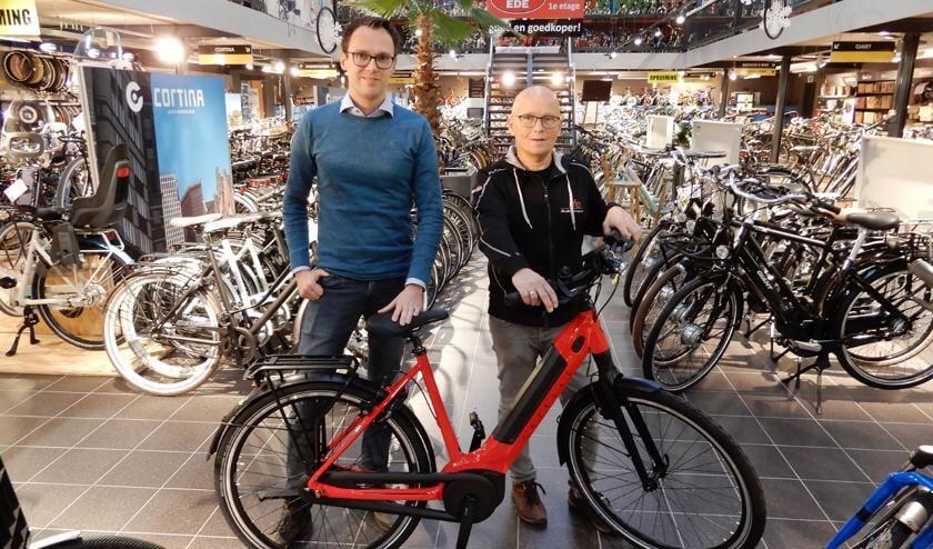 Bas van Daalen en Wim Veenendaal van Veda Bikes in Ede.
