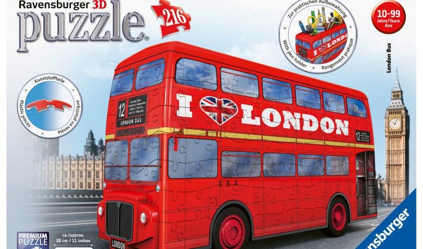 De 3D puzzel van de bekende Londense, rode dubbeldekker bus.