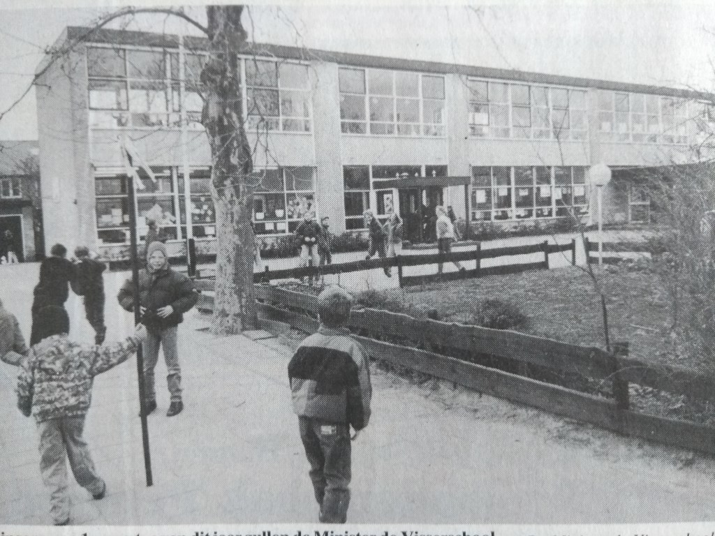 De Minister de Visserschool, in 1993, jaar van de fusie met de Savornin Lohmanschool: De Werveling. Archief BDUmedia © BDU media