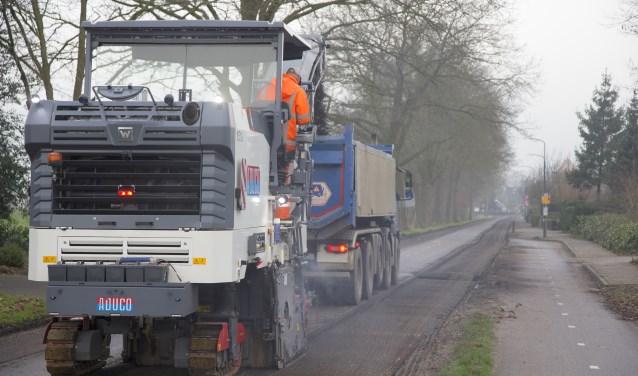 De reconstructie van de Hessenweg bij Achterveld is 6 januari hervat.