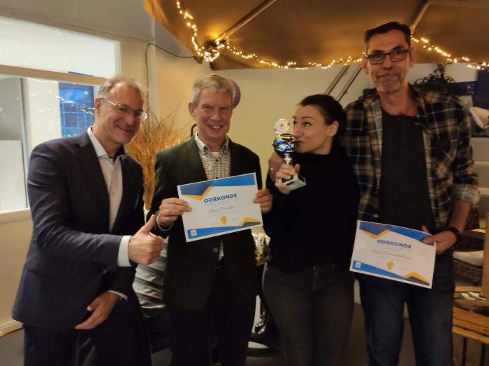 Wethouder Erik van Beurden, genomineerde Kees Menken, winnaar Sara Dirkse-Versteeg en genomineerde Koen Nieuwenhuize