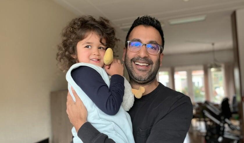 Ruben Weverling met zijn dochter Mara.