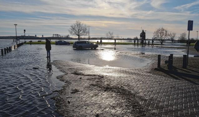 Het water staat hoog in Wijk bij Duurstede 2018