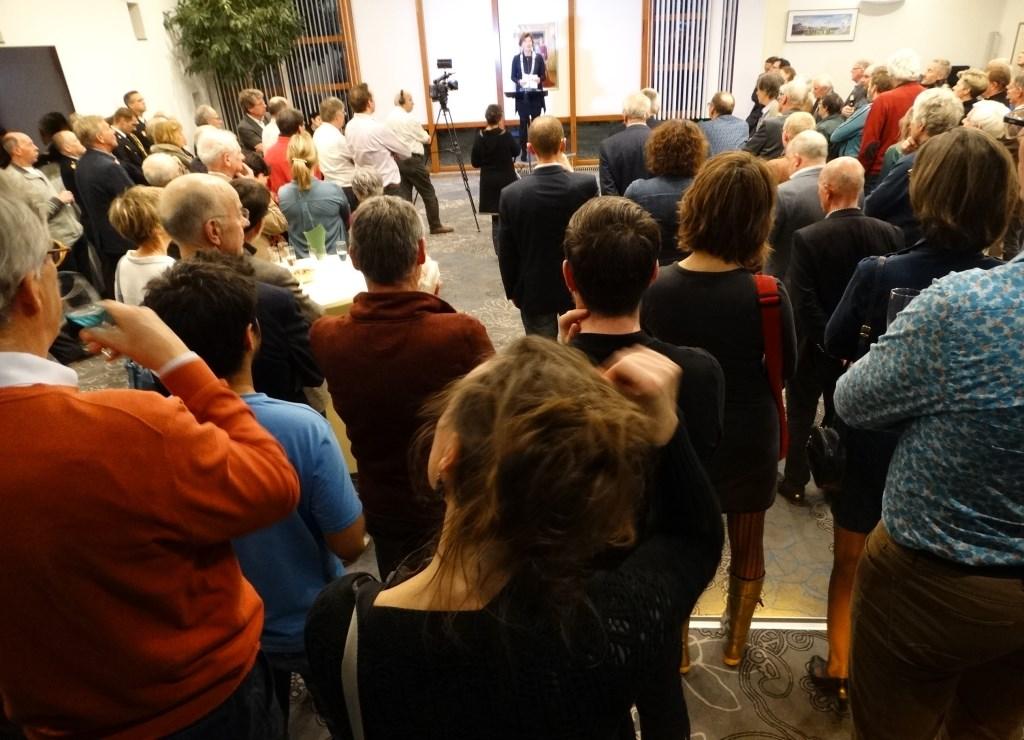 Een volle raadszaal bij het uitspreken van de speech Kuun Jenniskens © BDU media