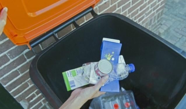 Kijk voor ophaaldata op de Afvalwijzer door uw postcode in te voeren op www.mijnafvalwijzer.nl.