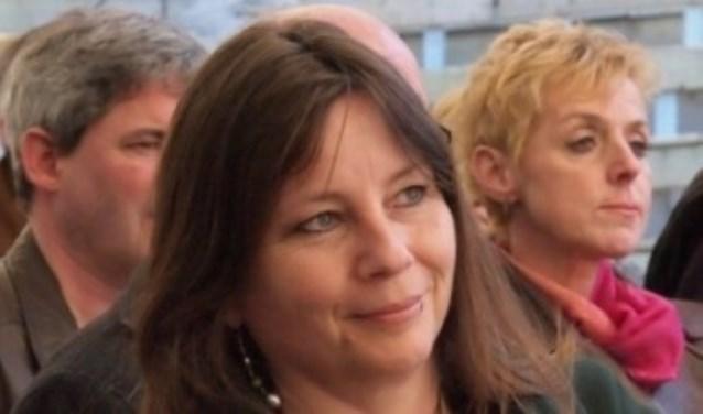 Rosan Coppes interviewt voor de SLAS twee schrijfsters.