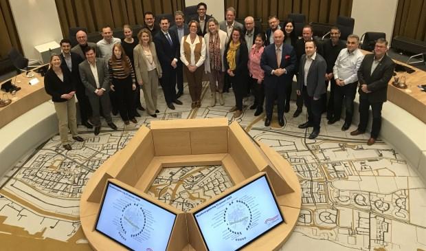 De raad vergaderde donderdag voor de eerste maal in de nieuwe raadzaal