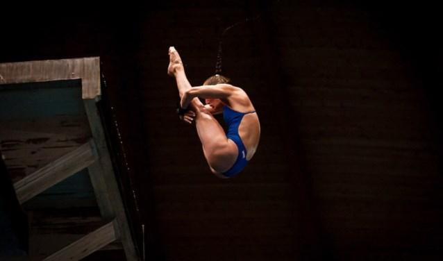 Van Duijn in actie tijdens 10 meter platform in Madrid, 2018.