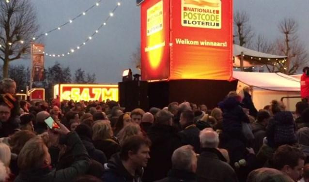 Nieuw-Vennep loopt uit voor het Postcode-feestje Redactie © BDU media